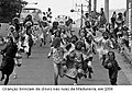 Crianças de bate bola em Madureira ( 1986).jpg