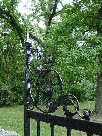 Curtis Hall Arboretum - Image: Curtis Ironwork