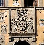 Cutigliano, palazzo dei capitani della montagna, stemmi 21 medici 1.jpg