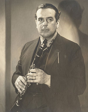 Daniel Bonade - Daniel Bonade with his clarinet, 1938