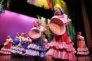 Debut de la Compañia Infantil de Teatro La Colmenita de El Salvador. (24314705069).jpg