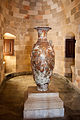 Decorative vase in the palace.jpg