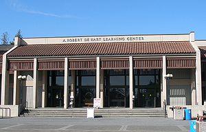 De Anza College - A. Robert De Hart Learning Center