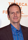"""[Serie]""""American Horror History"""" 100px-Denis_O%27Hare_at_the_2009_Tribeca_Film_Festival_2"""