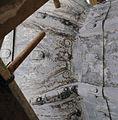 Detail van een schildering op de met lood beklede torenspits, tijdens de restauratie - Edam - 20379418 - RCE.jpg
