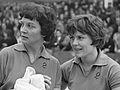 Diana Rowe en Mary Shannon (1963).jpg