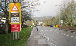 Dingwall Middle Level Crossing approach (11119540195).jpg