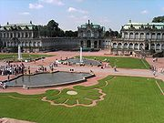 Dresden-Zwinger.courtyard.04