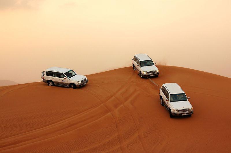 File:Dune bashing, Dubai, 2007 (13).JPG