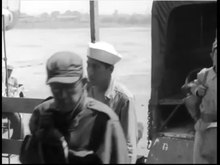 Bestand:Dutch POW's arrive in Manila.webm