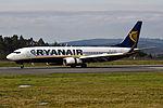EI-DLB 737 Ryanair SCQ 02.jpg