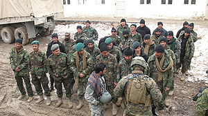 Embedded Training Teams - ETT Commander inspects ANA March 2009
