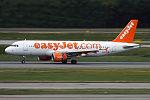 EasyJet, G-EZUO, Airbus A320-214 (23526999644).jpg