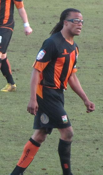 Edgar Davids - Davids playing for Barnet in 2013