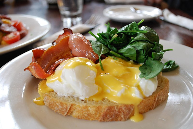File:Eggs Benedict with Bacon.jpg