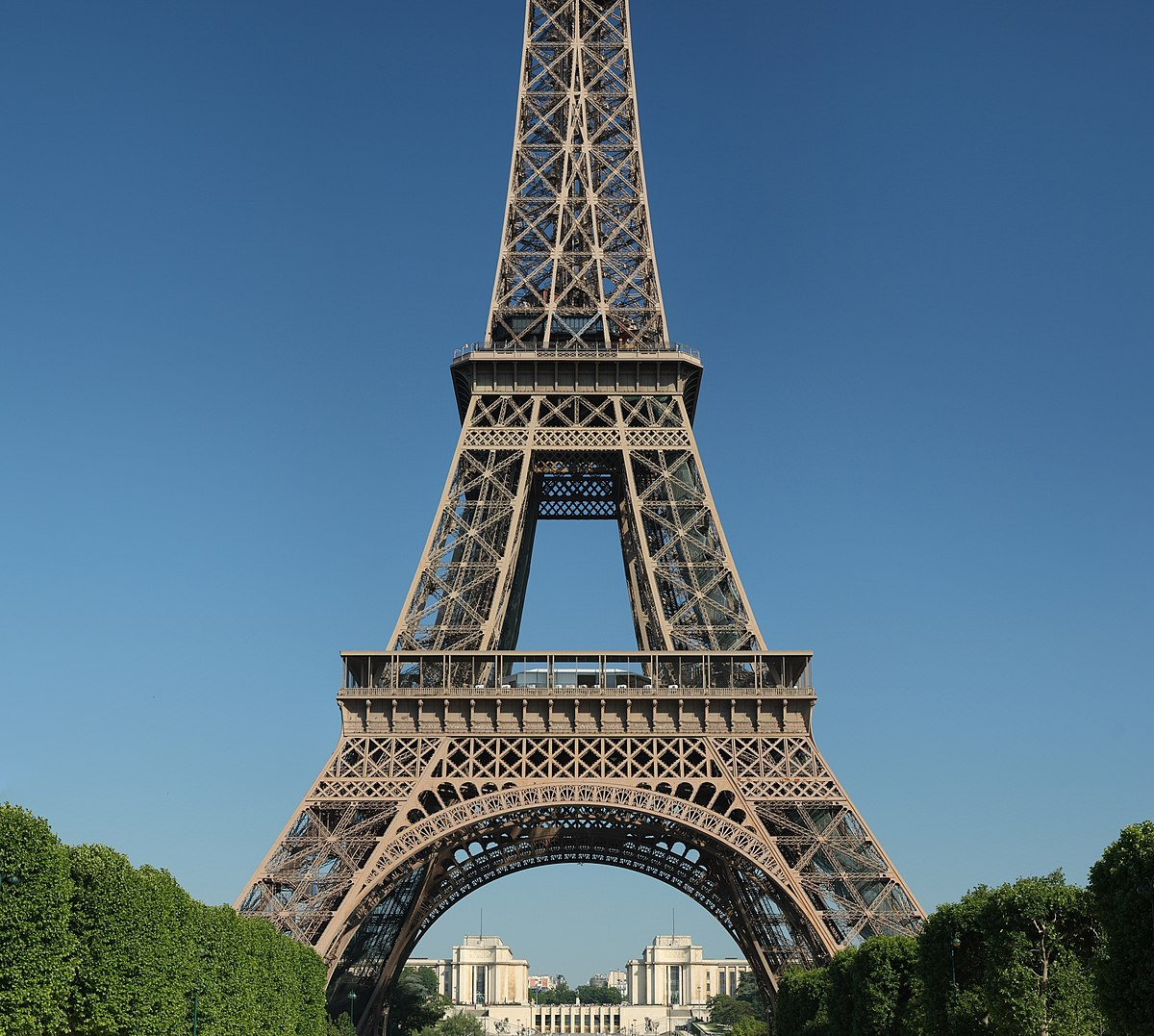 List of the 72 names on the Eiffel Tower