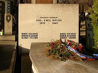 Emil Hácha - Hácha's grave today