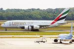 Emirates, A6-EEW, Airbus A380-861 (19482201088).jpg
