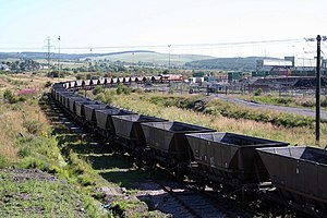 Onllwyn - EWS Class 66 shunts empty coal wagons towards the coal washery
