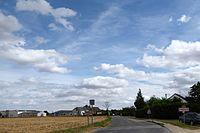 Entrée de Prouais par Rosay D21 Eure-et-Loir (France).jpg