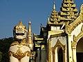 Entrance to Shwedagon Paya.jpg