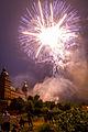 Eröffnungs Feuerwerk Volksfest Aschaffenburg 2014 (14464376925).jpg