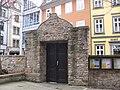 Erfurt Lorenzkirche Kirchhoftor.jpg