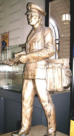 Mail carrier - Postmen homage in Rosario, Argentina; opus by Erminio Blotta, Palace General Post Office