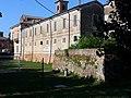 Esterno Oratorio Palazzo Guidotti a Fabbrico R.E., con il Fossato 01.jpg