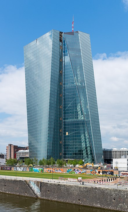 The seat of the European Central Bank in Frankfurt. 19 of the 28 EU member states have adopted the euro as their legal tender. European Central Bank - building under construction - Frankfurt - Germany - 13.jpg