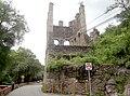 Exhacienda de Beneficio de Bustos, Guanajuato Capital, Guanajuato - Torre y camino.jpg