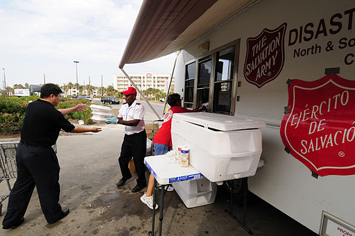 FEMA - 38827 - The Salvation Army feeding people returning to Galveston Island