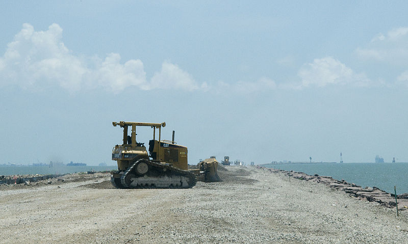 File:FEMA - 44132 - Road-dike under repair in Texas.jpg