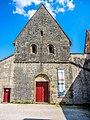 Façade de l'église du prieuré de Marast.jpg