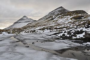 Borðoy - Háfjall (647 m, left) and Hálgafelli (503 m, right) on the island of Borđoy.