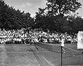 Finale van het internationale tennistoernooi te Hilversum Legenstein springt ov, Bestanddeelnr 910-5649.jpg