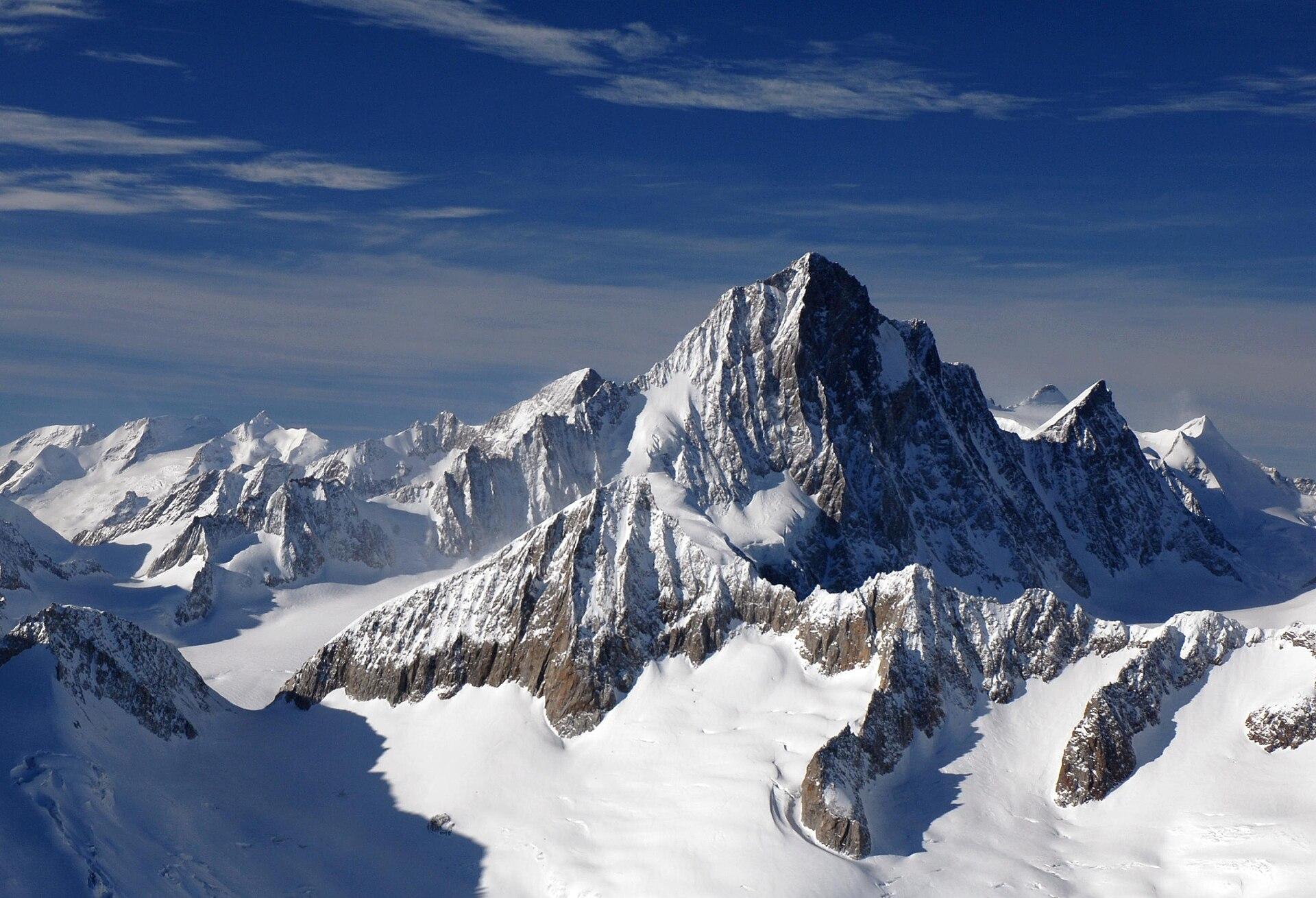Finsteraarhorn - Wikipedia Bernese Alps, Switzerland