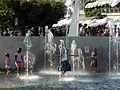 Fischmarktplatz - Springbrunnen - Rapperswil Hafen 2012-08-12 18-30-42 (WB850F).jpg