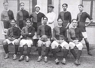 Clube de Regatas do Flamengo - The recently formed football team before a match vs. Paissandu, 1912.