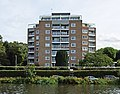 Flats By The River Thames At Kingston - London. (14894240669).jpg