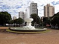 Fonte da praça da republica em Catanduva.jpg