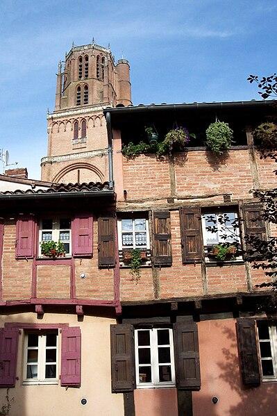 Fichier:France Albi Cathedrale Maison brique.jpg