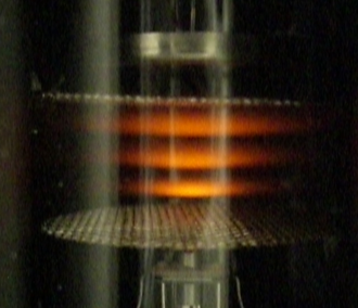 Franck–Hertz experiment - Franck-Hertz experiment with neon gas: 3 glowing regions