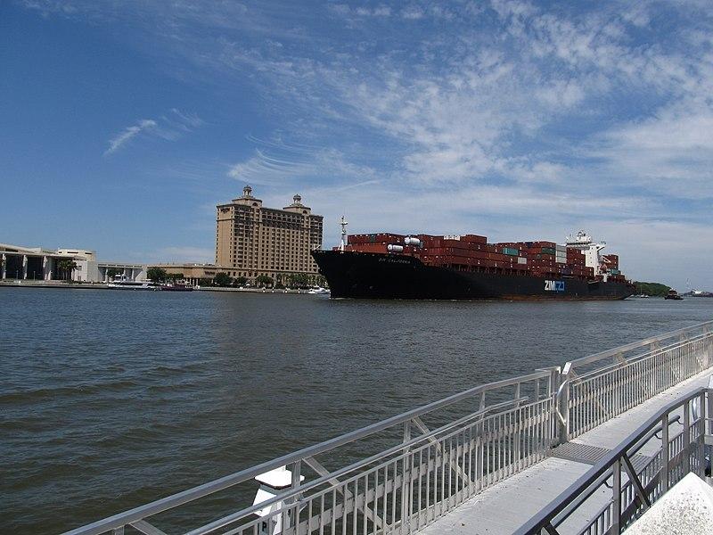 File:Freighter Approaching Port of Savannah, Georgia on the Savannah River (5820330186).jpg