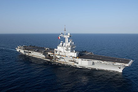 The aircraft carrier Charles de Gaulle of the French Navy French aircraft carrier Charles de Gaulle (R91) underway in the Red Sea on 15 April 2019 (190415-N-IL409-0017).JPG