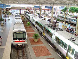 Железнодорожный транспорт Википедия Современная пассажирская железнодорожная станция
