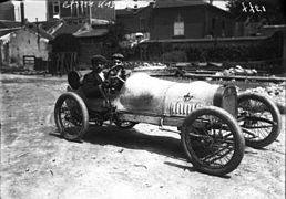 Georges Boillot in his Lion-Peugeot at the 1908 Grand Prix des Voiturettes at Dieppe.jpg