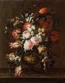 Giuseppe Vicenzino - Vaza s cvetjem in povešenim tulipanom.jpg