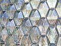 Glasbausteine Wabenmuster.jpg