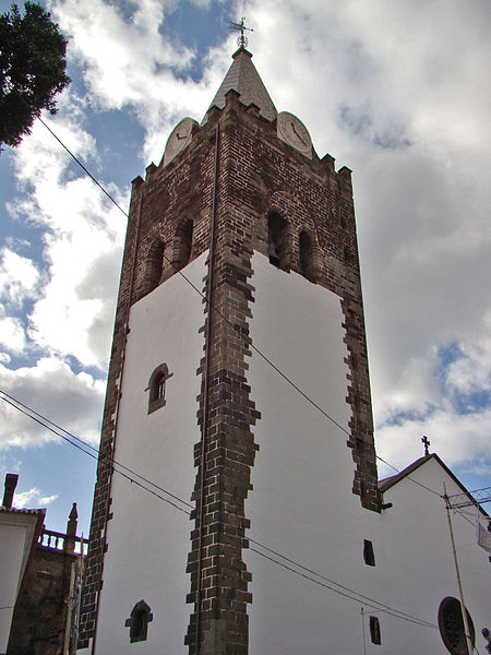 File:Gothic tower at Madeira.jpg